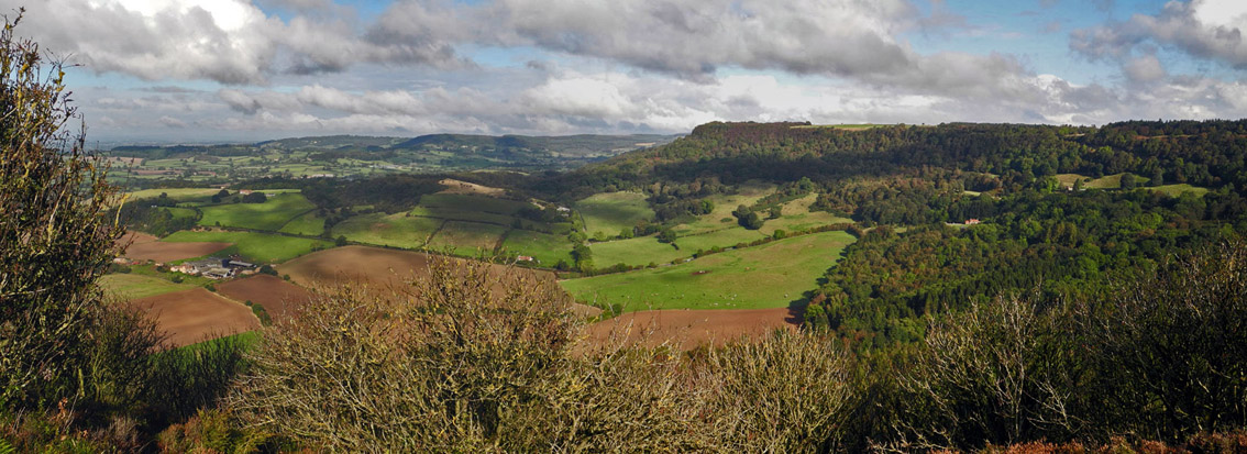 Panoramic view from Sutton Bank, NYM/Photo © Arnold Underwood, 9th Oct 2016